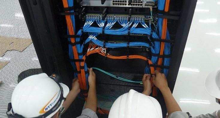 Kiểm tra dây và lắp đặt thiết bị